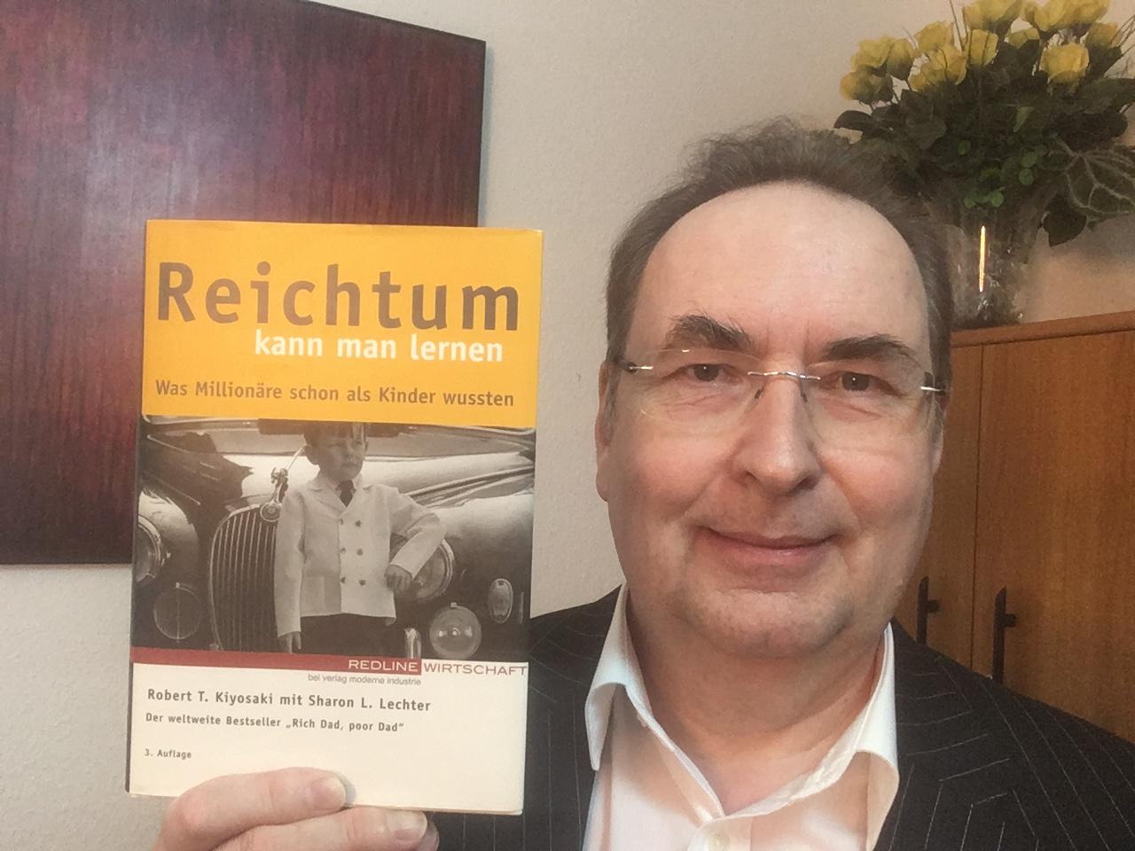 Robert Kiyosaki Finanzbuch Reichtum kann man lernen